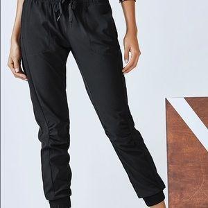 Fabletics Betsy Jogger Trekker Pants NWT NEW XL